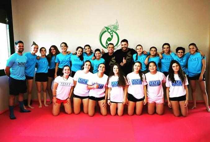 balonmano-zamora-chicas-defensa-personal-mujeres-autoproteccion-chicas-core-combat-artes-marciales-zamora