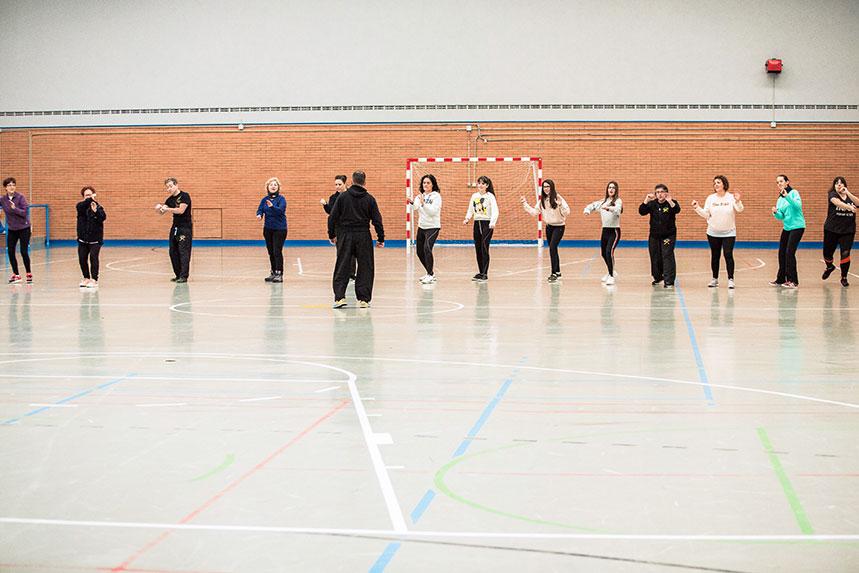 00004cursos-defensa-personal-para-mujeres-zamora-muelas-del-pan-club-artes-marciales-core-combat