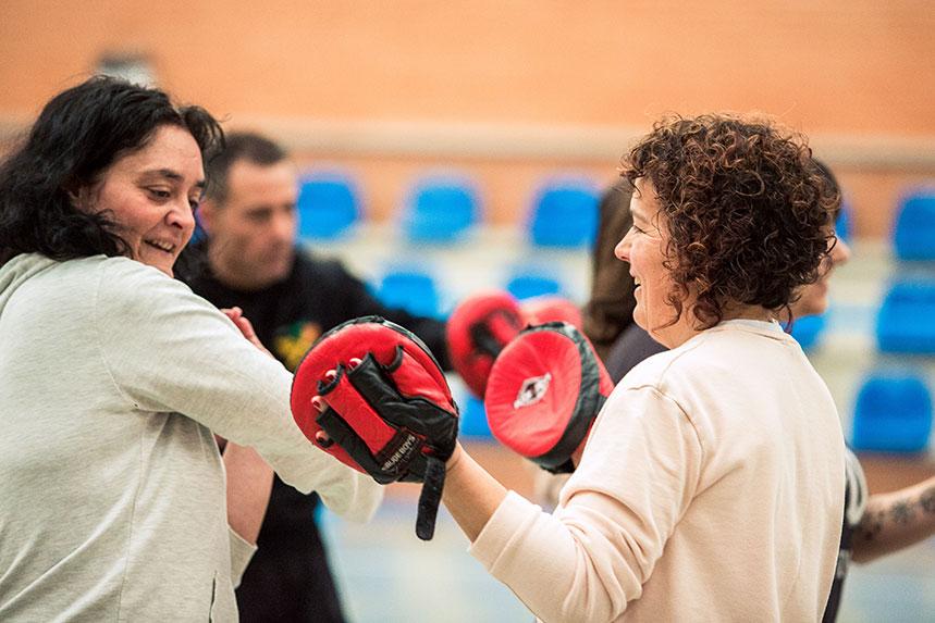 00010cursos-defensa-personal-para-mujeres-zamora-muelas-del-pan-club-artes-marciales-core-combat