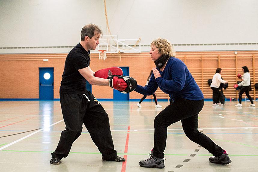 00013cursos-defensa-personal-para-mujeres-zamora-muelas-del-pan-club-artes-marciales-core-combat