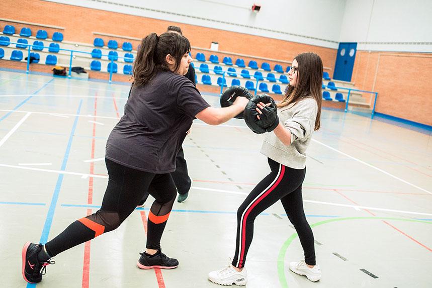00015cursos-defensa-personal-para-mujeres-zamora-muelas-del-pan-club-artes-marciales-core-combat
