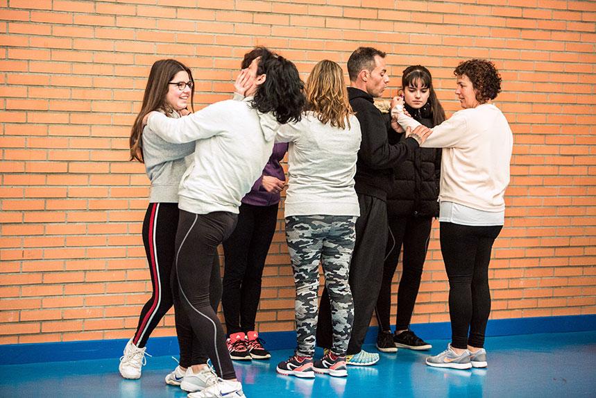00023cursos-defensa-personal-para-mujeres-zamora-muelas-del-pan-club-artes-marciales-core-combat