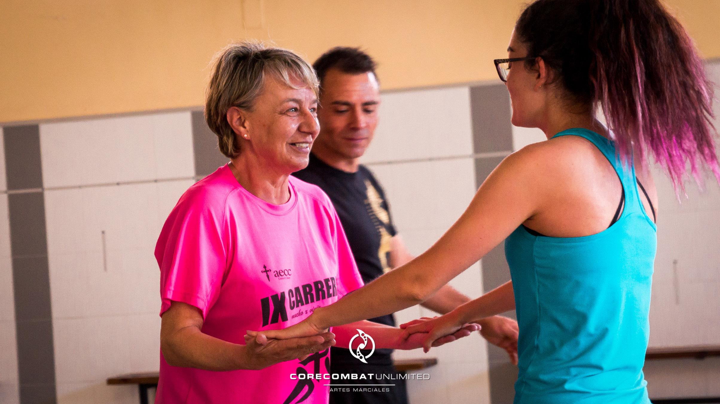 curso-defensa-personal-para-mujeres-zamora-coreses-artes-marciales-zamora-core-combat-salamanca-valladolid-leon-madrid-02