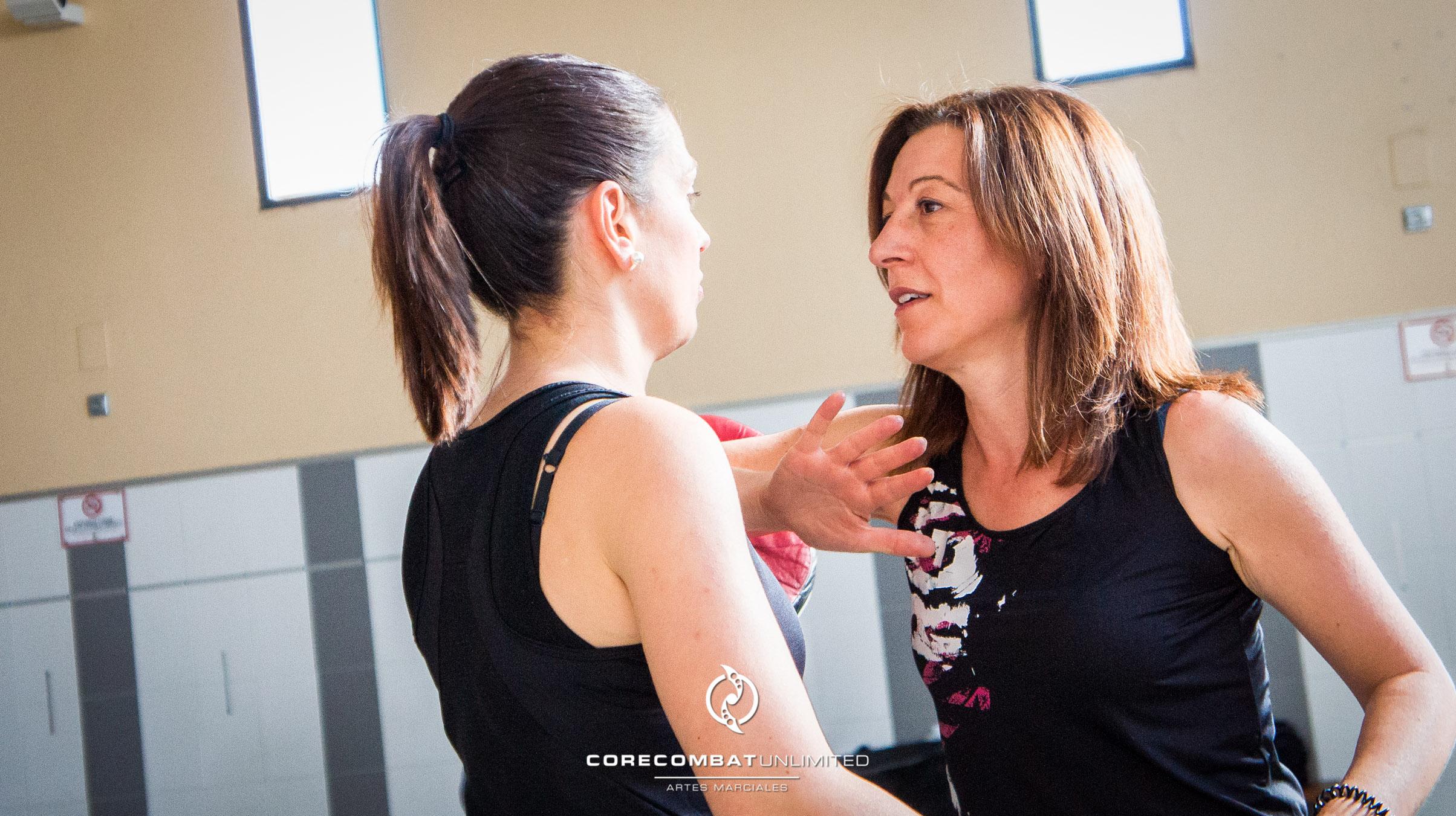 curso-defensa-personal-para-mujeres-zamora-coreses-artes-marciales-zamora-core-combat-salamanca-valladolid-leon-madrid-19