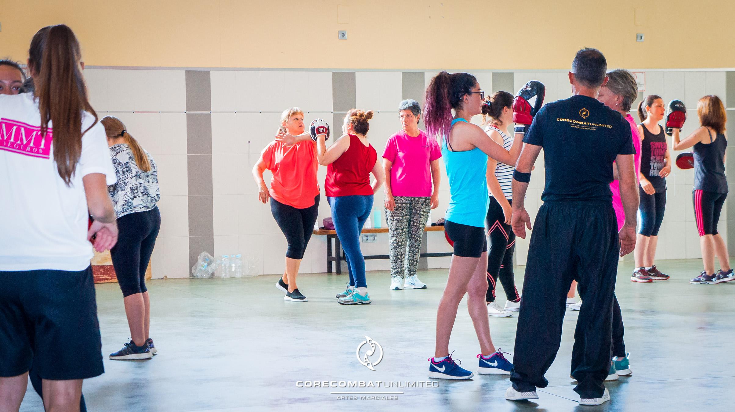 curso-defensa-personal-para-mujeres-zamora-coreses-artes-marciales-zamora-core-combat-salamanca-valladolid-leon-madrid-26