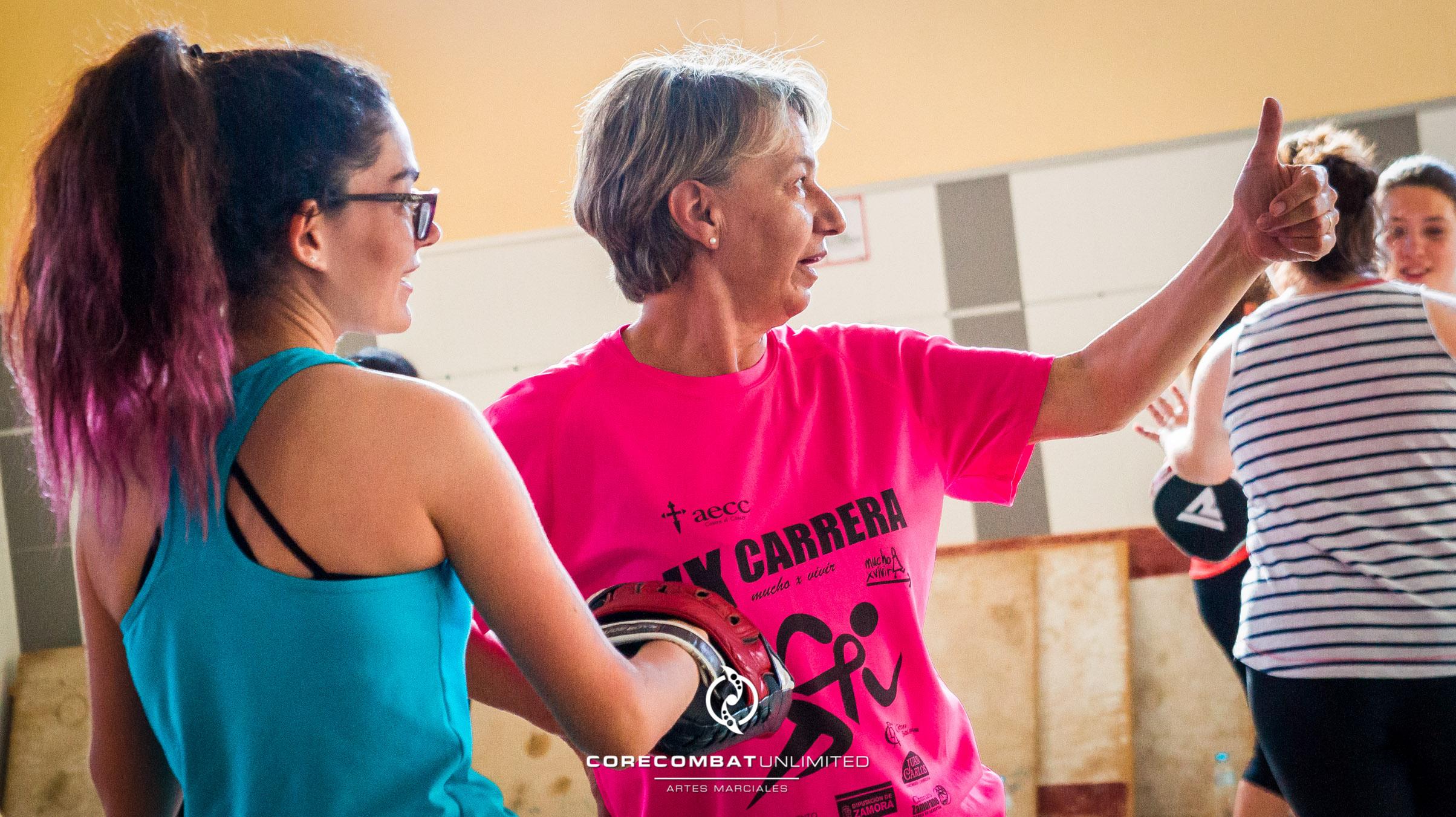 curso-defensa-personal-para-mujeres-zamora-coreses-artes-marciales-zamora-core-combat-salamanca-valladolid-leon-madrid-28