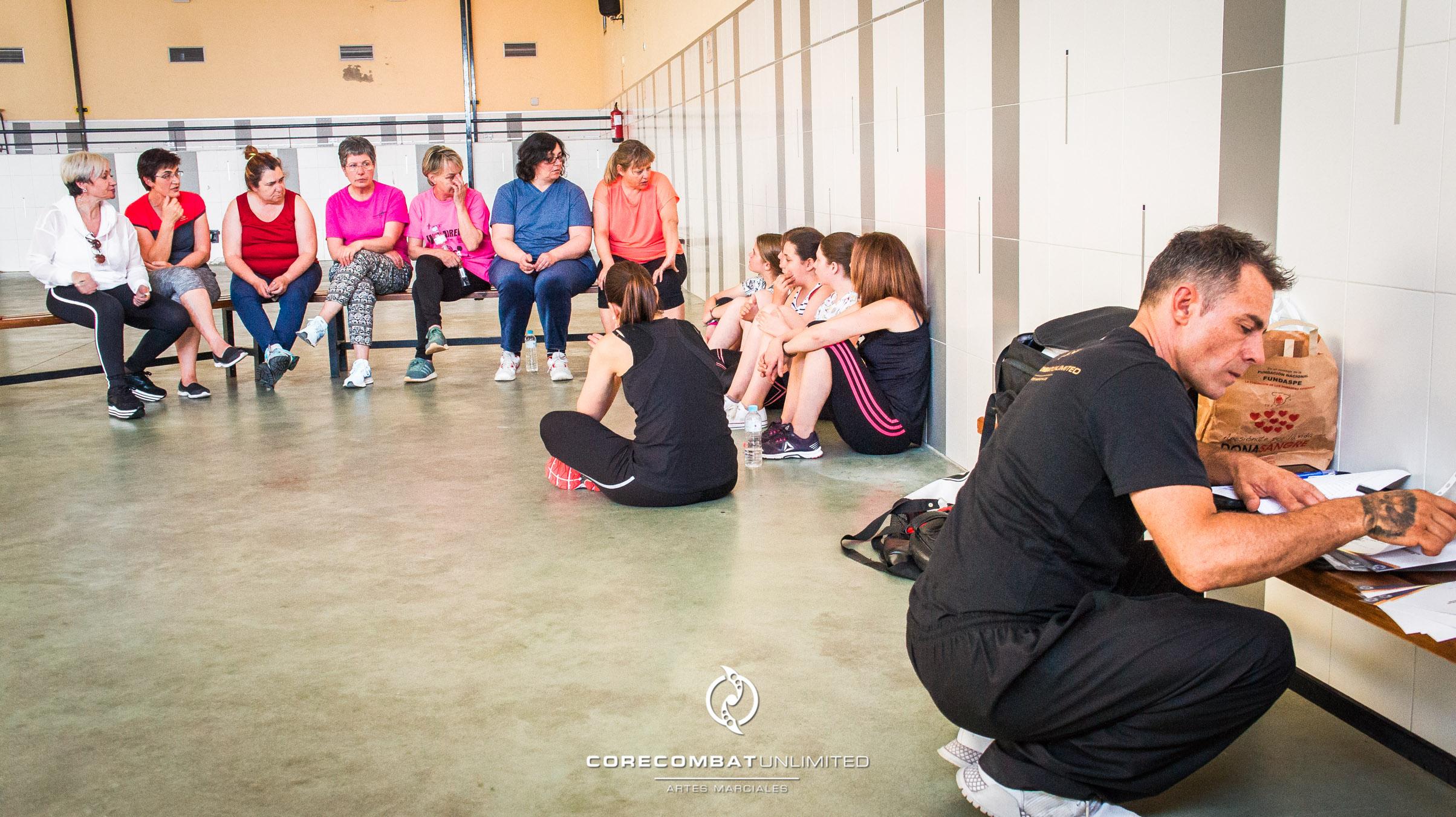 curso-defensa-personal-para-mujeres-zamora-coreses-artes-marciales-zamora-core-combat-salamanca-valladolid-leon-madrid-44