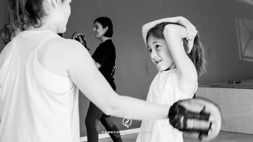 curso-defensa-personal-para-mujeres-zamora-perdigón-artes-marciales-zamora-core-combat-salamanca-valladolid-leon-madrid10