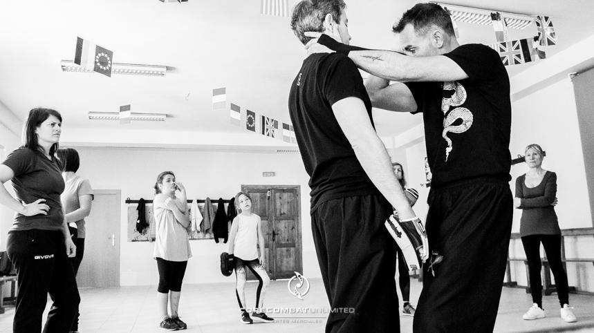 curso-defensa-personal-para-mujeres-zamora-perdigón-artes-marciales-zamora-core-combat-salamanca-valladolid-leon-madrid51